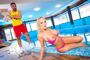 Pink bikini blond-haired hottie gets fucked by a hung lifeguard