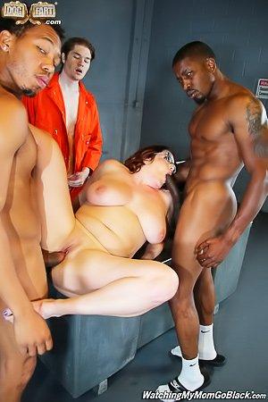 Naked girl dance