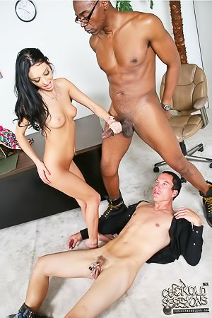 Blue-eyed brunette cuckolding her wimpy hubby in a chastity cage