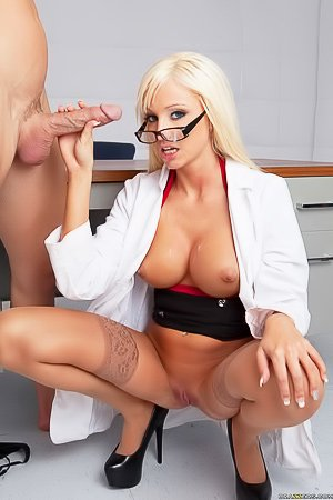 Glasses-wearing blonde doctor gets destroyed by her bald patient